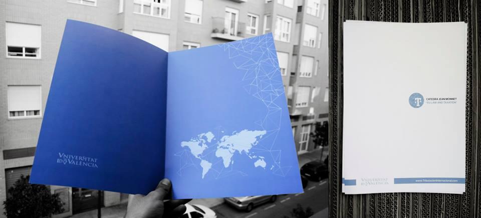 Diseño carpetas corporativas Postgrado experto en tributación internacional.