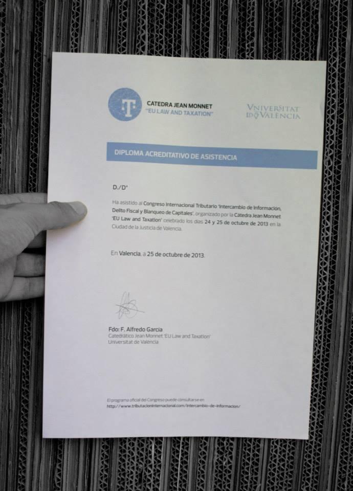 Diseño diploma Postgrado experto en tributación internacional.