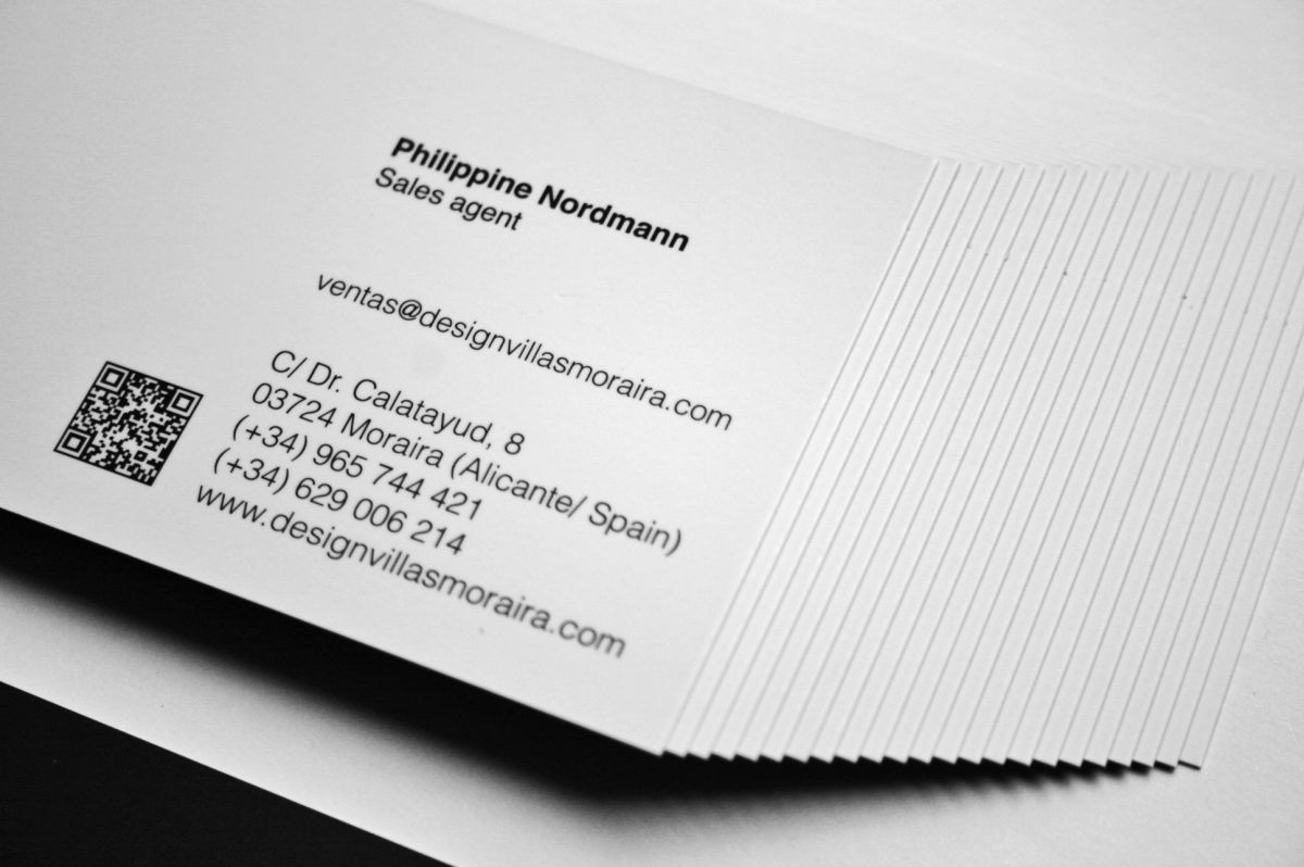Design Villas Moraira. Tarjetas Philippine. Impresión offset CMYK, papel estucado mate 350gr, plastificado mate 2 caras.