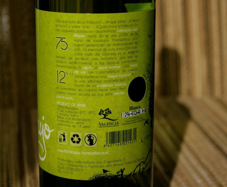 Información de cata y tipo de uva. Diseño labeling para vino blanco de las bodegas Torrevellisca-Zagromonte