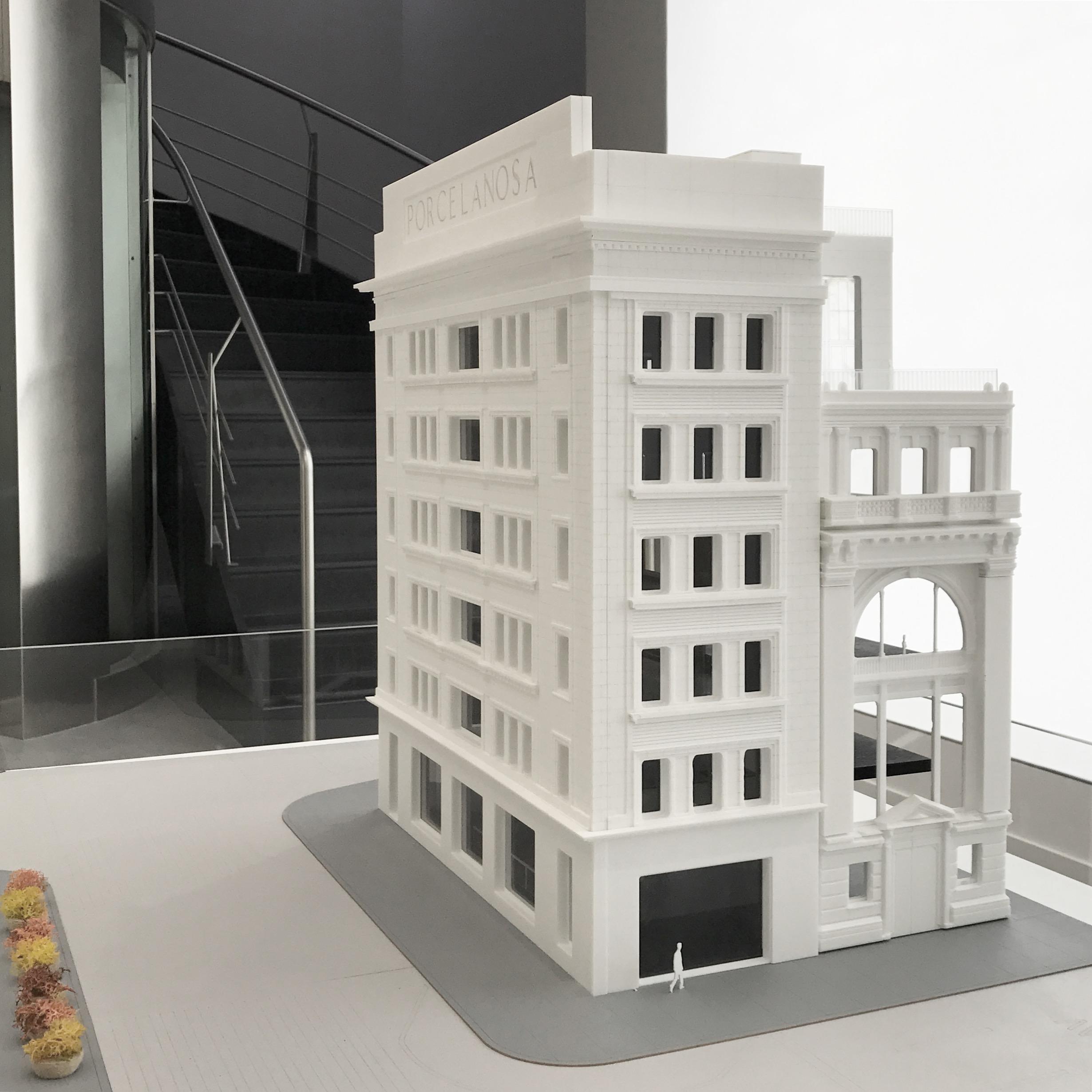 Maqueta Porcelanosa edificio Nueva York flagship store Archicercle